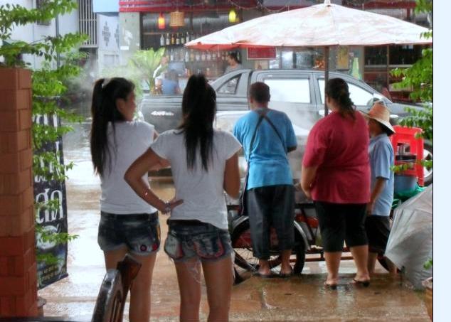 Udon Thani bar girls